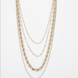 layered chain necklace!